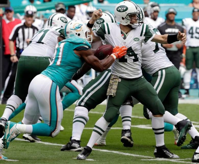 NY Jets Can't Hold Off the Miami Dolphins 27-23